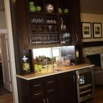 Oakshire 30-770 - Shingle Style Home Plan - Wet Bar