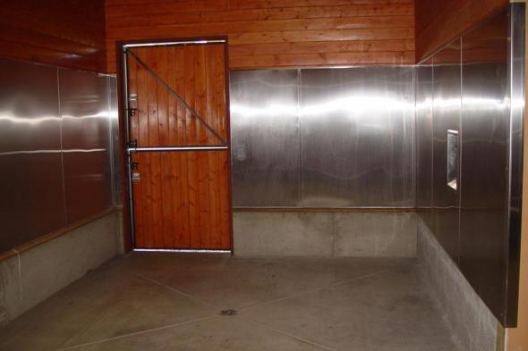 Barn Plan Photo 20-047 - Interior Stall
