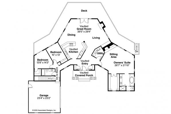 Traditional House Plan - Linfield 10-322 - Floor Plan