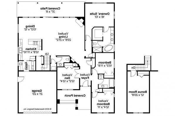 Craftsman House Plan - Greenleaf 70-002 - Floor Plan