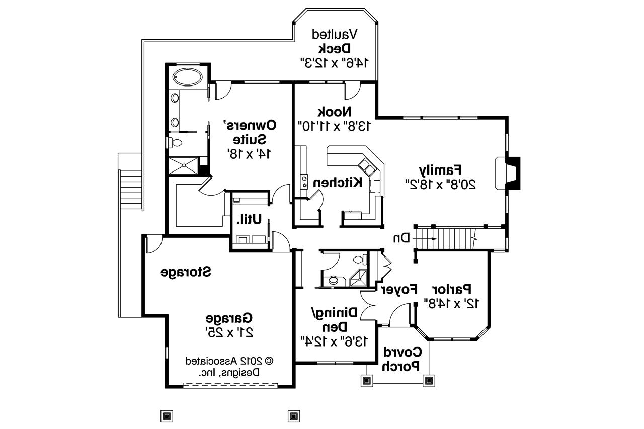 Clutter family house floor plan for Family house plans