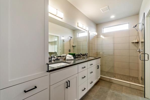 House Plan Photo - Chicory 31-169 - Owners' Suite Bathroom