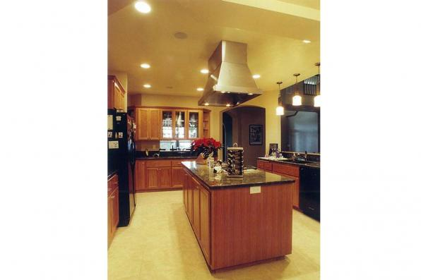House Plan Photo - Rutherford 30-411 - Kitchen