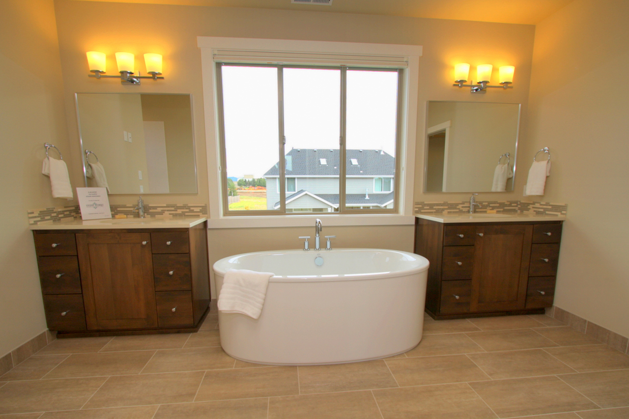 Master Bathroom Layout Homeowners Incorporating Freestanding Tubs Into Master